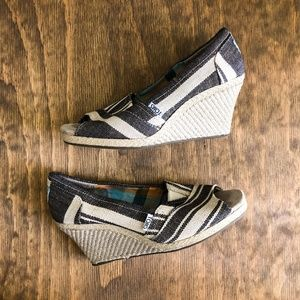 toms striped wedges calypso 8